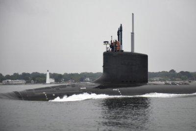 В США ввели в строй новую атомную подлодку «Иллинойс»