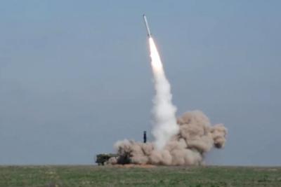 На полигоне в Астраханской области испытают 80 образцов вооружения