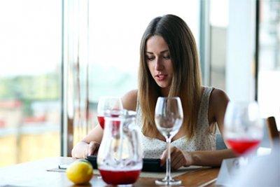 «Афиша-Рестораны» и Райффайзенбанк запустили кобрендовую карту